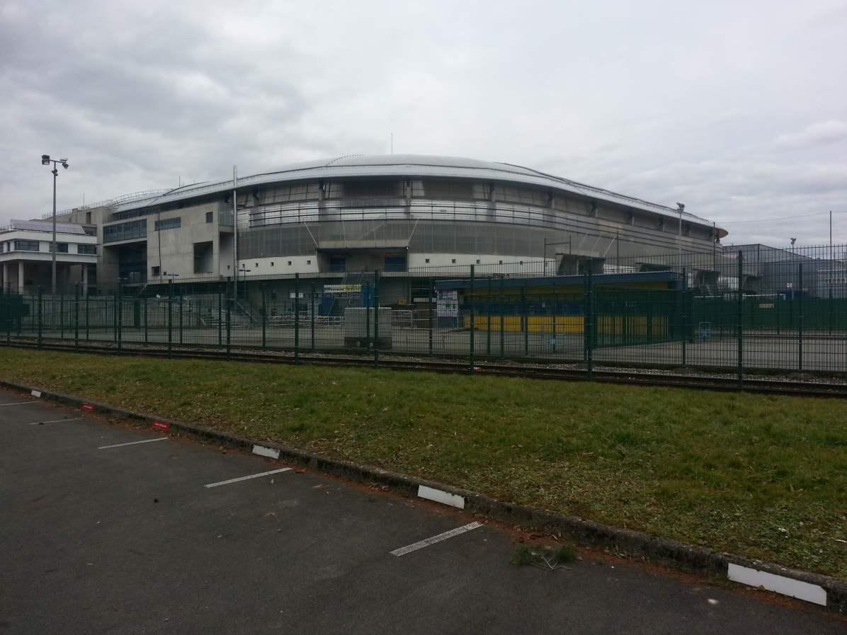 Das Stadion von aussen