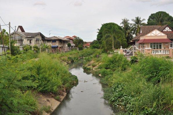 Blick auf eine Siedlung im malaiischen Kota Bharu