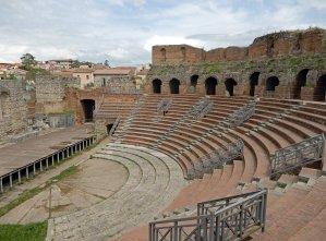 Das antike Amphitheater im Herzen der Stadt