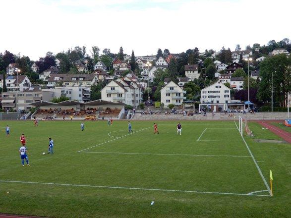 Attraktiver Amateurfussball auf dem Sportareal Heslibach