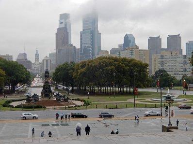Die wolkenverhangene Skyline der amerikanischen Metropole
