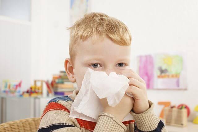 Copilul are un nas: Ce să faci, cum să tratezi la domiciliu repede