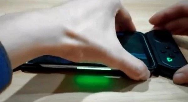 Xiaomi Black Shark 2 показали на фото и он предложит «киберспортивную» батарейку – фото 1