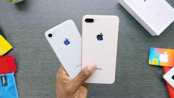Apple iPhone 8 и X