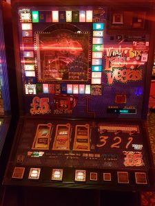 Viva Las Vegas Fruit Machine