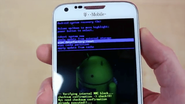 Howto: Wipe data/Factory reset Android Phone