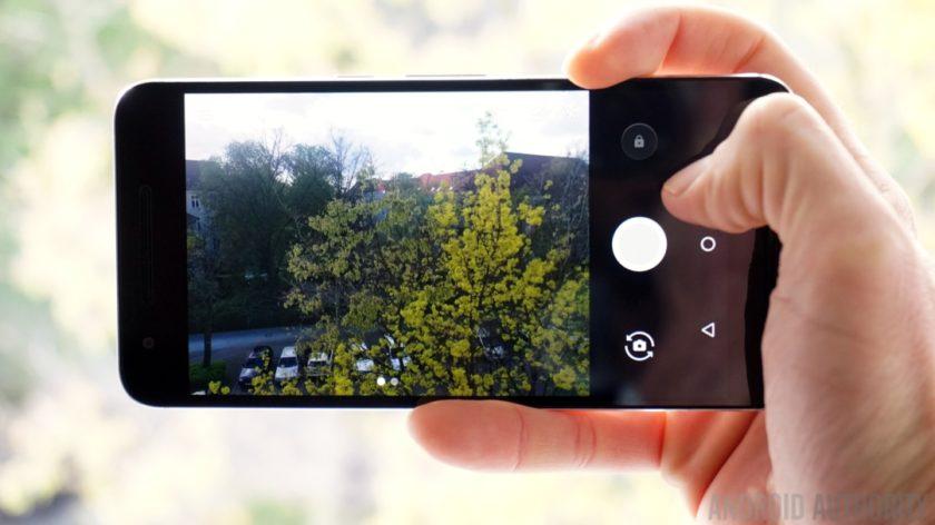 Восстановить опцию камера на смартфоне