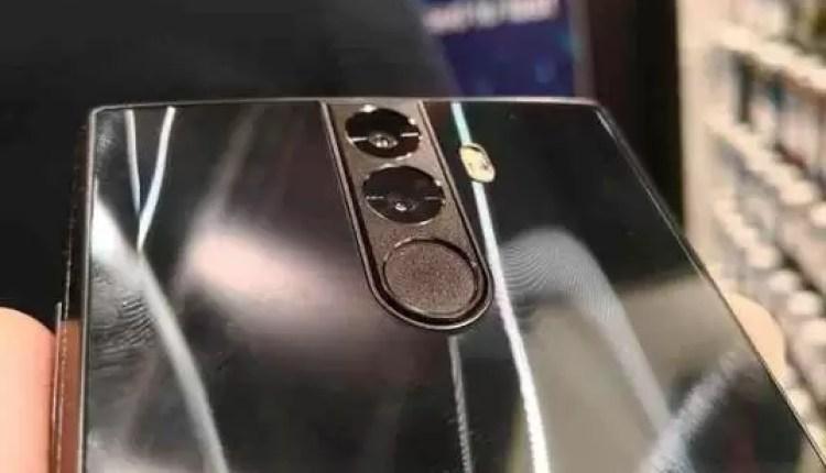 Hands On Energizer Power Max P16K Pro o telefone com bateria de 16000mAh 3