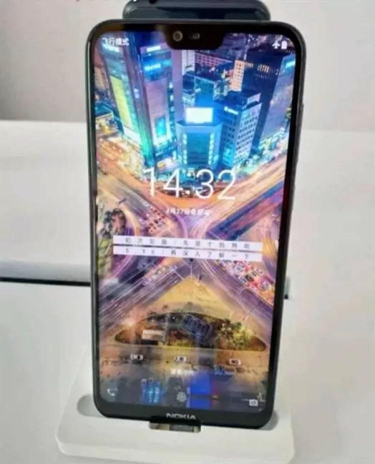 Nokia X6 aparece em renders oficiais 2