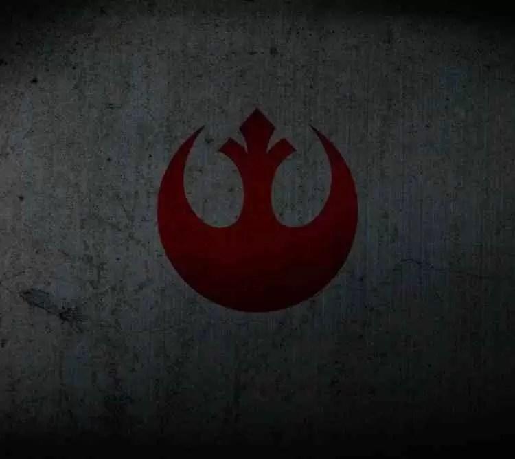 O Dia da Guerra das Estrelas é quando quiserem com estes Wallpapers DROID2 R2-D2 12