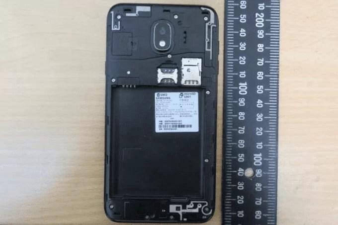 Alegado Samsung Galaxy J4 (2018)