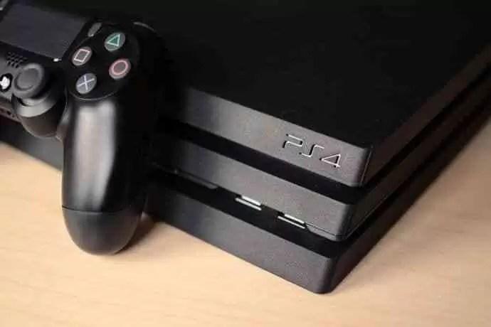 Black Friday: PlayStation anuncia desconto de 50€ em consolas PlayStation4 e oferta do título Marvel's Spider-Man 1