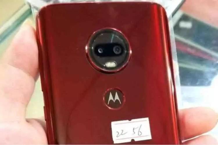 Alegado Motorola One e Moto G6 Plus com notch foram revelado em fotos 1
