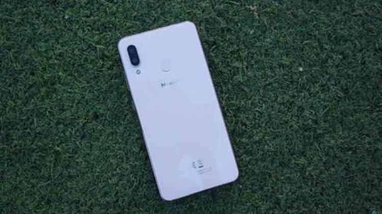 Analise Hisense Infinity H12 o smartphone que faltava na gama média 2