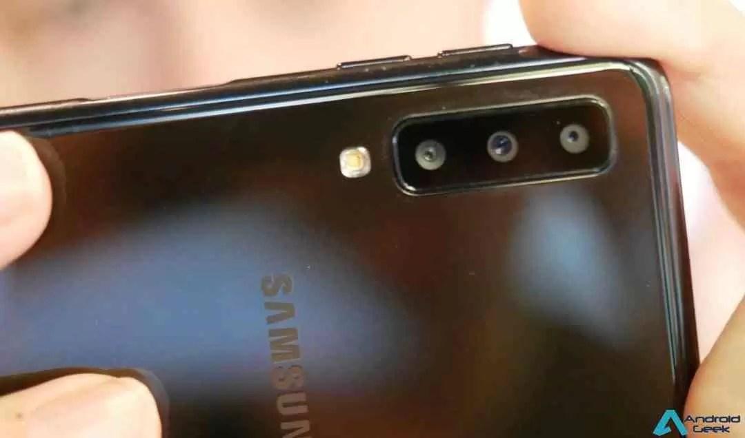 Samsung. Especificações do Galaxy A9 e detalhes de câmara-quatro revelados 1