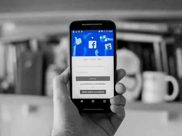 Facebook Stories anima aniversários com novo recurso e ofertas 1
