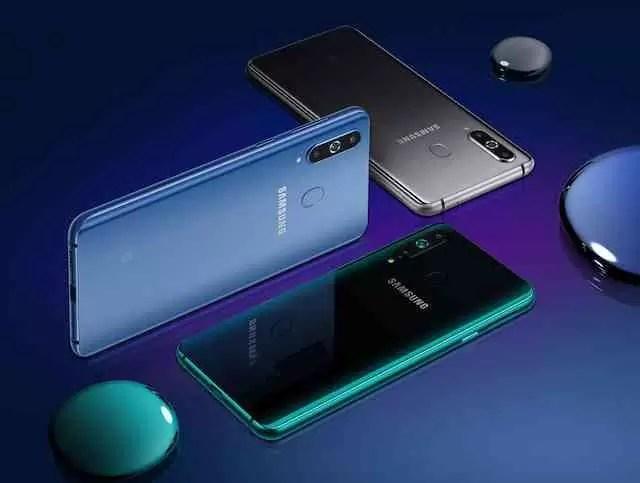 Samsung lança o Galaxy A8s com ecrã Infinity-O 2