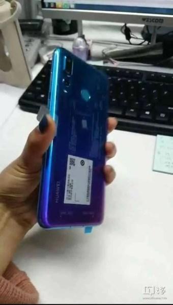 Novas fotos reais mostram a câmara traseira tripla do Huawei Nova 4 3