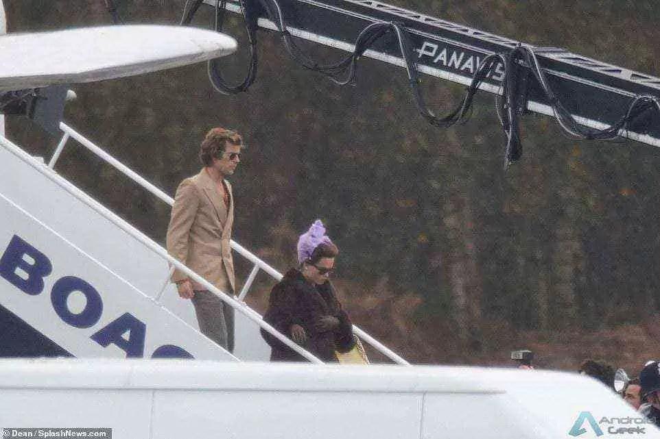 NETFLIX. The Crown | Helena Bonham Carter e Olivia Colman são destaque em fotos de bastidores 2