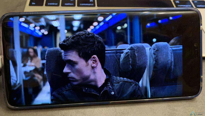A atualização do Huawei Mate 20 Pro e P20 Pro acrescenta suporte ao Netflix HD e HDR 1