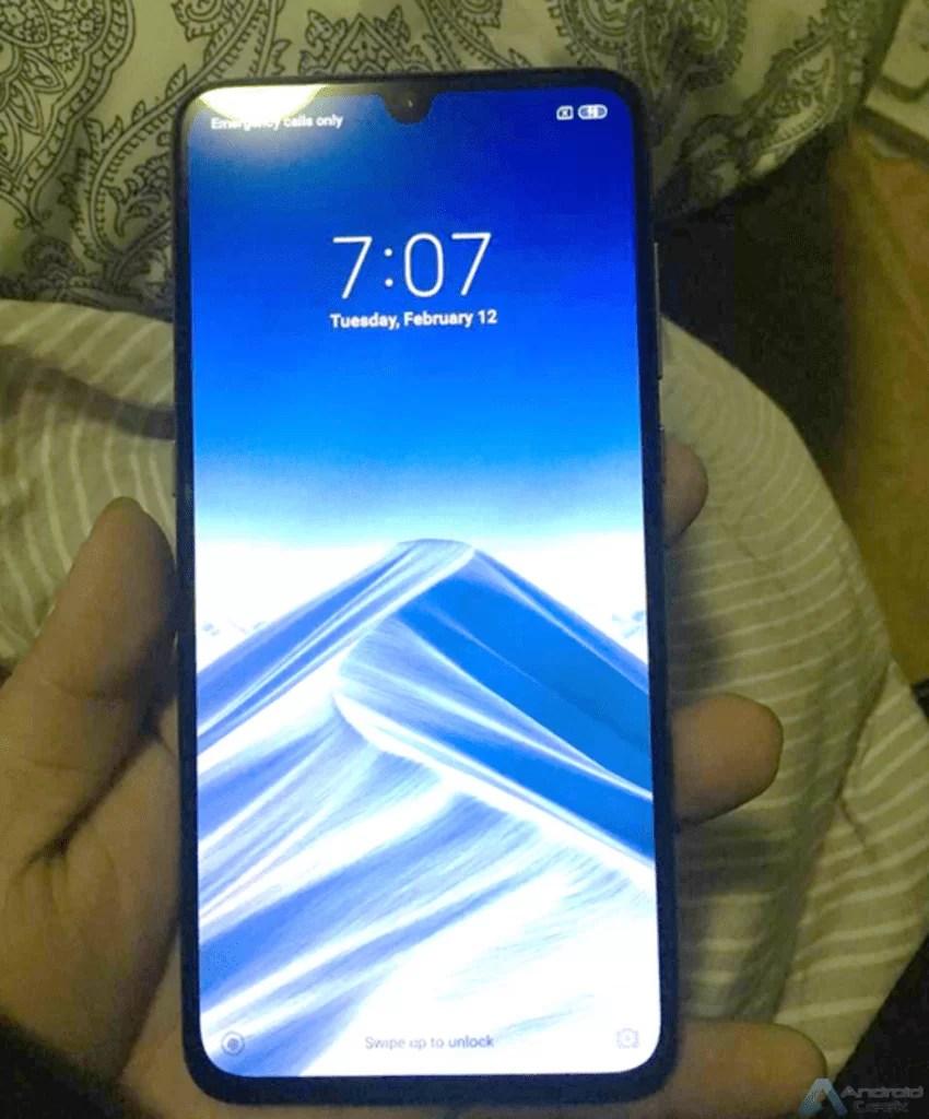 Foto real do Xiaomi Mi 9 está a põr a Internet em alvoroço