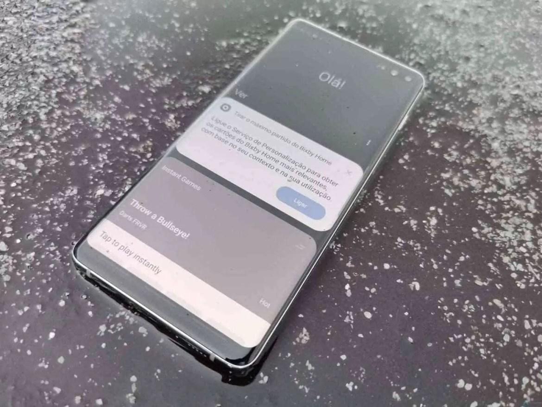 Análise Samsung Galaxy S10 Plus: Um ecrã mágico, câmaras impressionantes e uma bateria incrível. Mas não é só 7