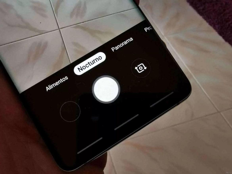 Análise Samsung Galaxy S10 Plus: Um ecrã mágico, câmaras impressionantes e uma bateria incrível. Mas não é só 17