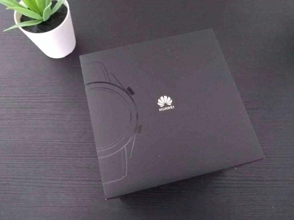 A trama adensa-se : Huawei acusa FedEx de desviar documentos para os EUA 1