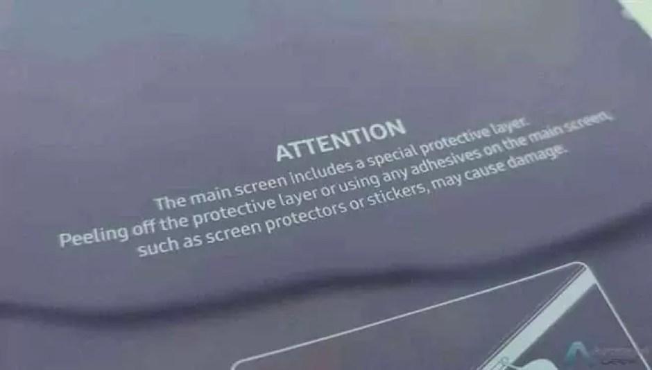 A Samsung incluiu este aviso nas unidades Galaxy Fold enviadas aos influenciadores
