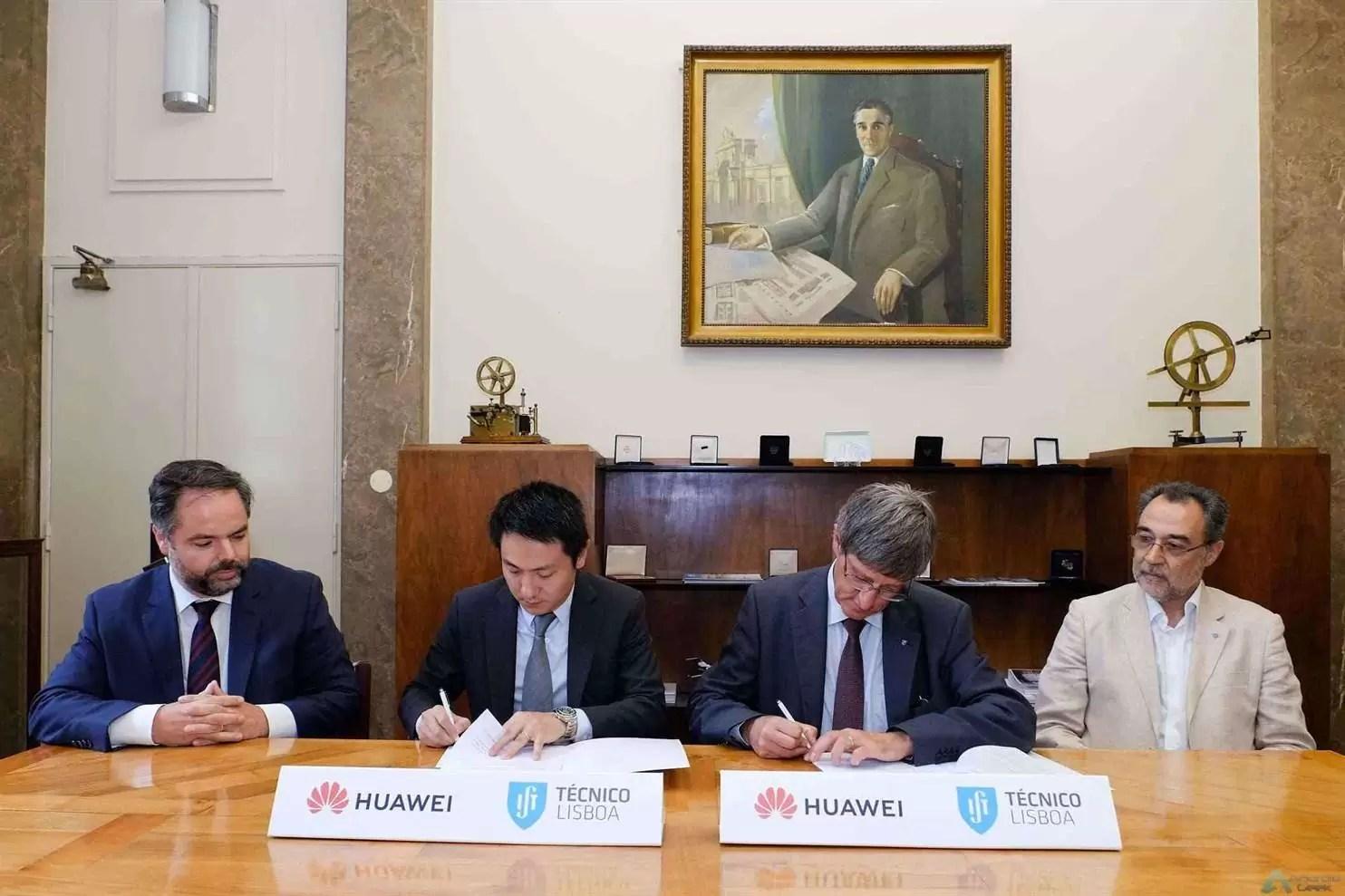 Huawei assina parceria com Instituto Superior Técnico para apoiar a formação de engenheiros de telecomunicações 1