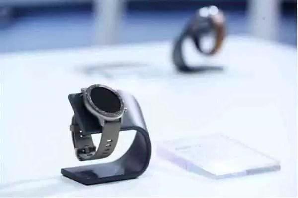 O Amazfit GTR 47mm também possui uma edição Titanium.