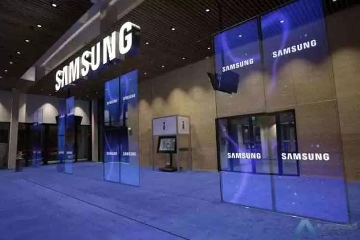 Provocação: Samsung abre a primeira loja na China de frente para a loja da Apple 2