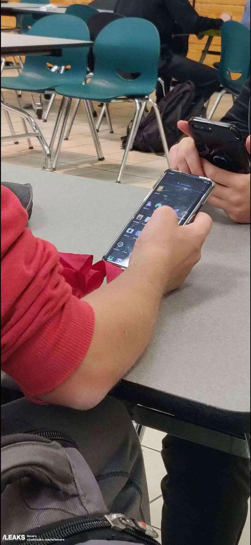 Onelus não pára e um protótipo OnePlus 8 foi visto na china 1