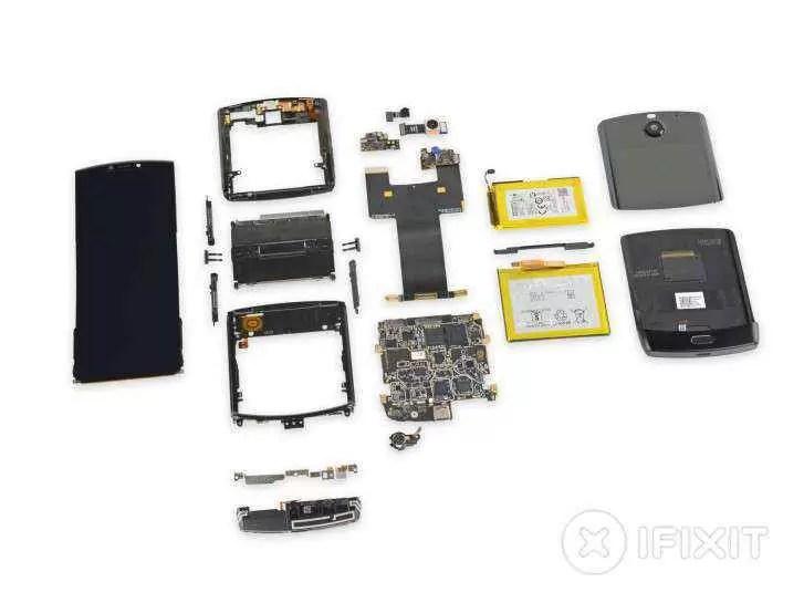 Desmontagem do Motorola Razr considera praticamente impossível reparar