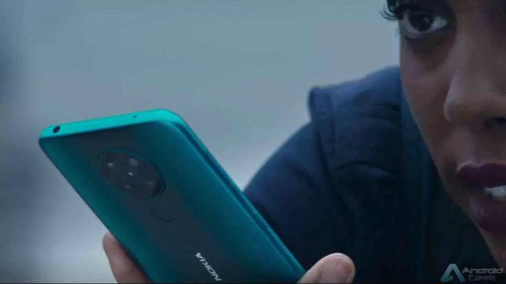 """Os telefones Nokia são os dispositivos móveis oficiais do filme """"Sem Tempo para Morrer"""" 2"""