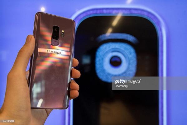 Google Pixel 3 vs. Samsung Galaxy S9 Comparison