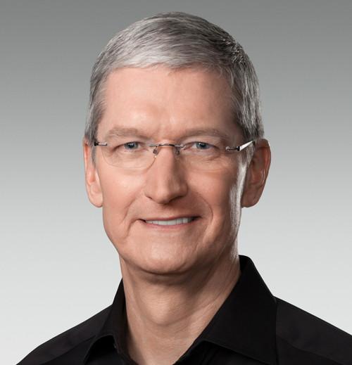 """Apple-Geschäftsführer Tim Cook: """"Bis jetzt haben wir alles getan, das in unserer Macht steht und sich im Rahmen des Gesetzes befindet, um ihnen [dem FBI] zu helfen. Aber nun hat die US-Regierung uns um etwas gebeten, das wir einfach nicht besitzen und das wir auch für zu gefährlich halten, um es zu erschaffen."""" (Foto: Apple)"""