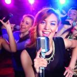 Mit Yokee eine Karaoke-Party ausrichten