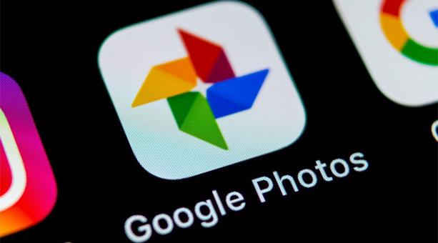 en iyi fotoğraf yedekleme uygulaması Google Photos