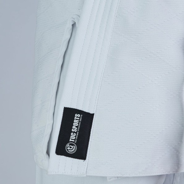 tuc-fight-wear-Adult-Middleweight-Judo-Suit-450g-White-Back-2.jpg