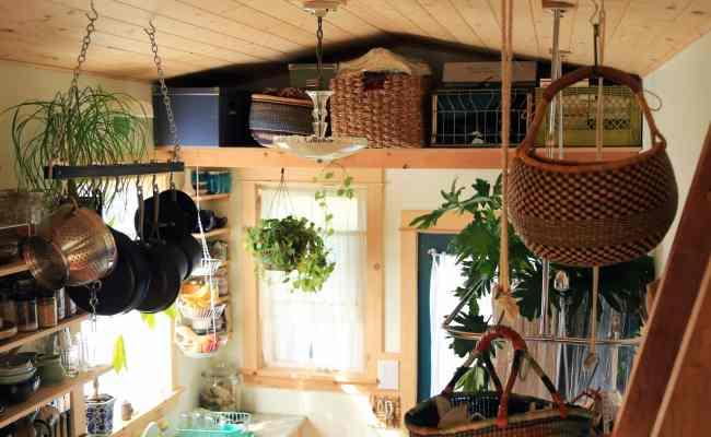 Living Tiny Nicole S Bathhouse Home Tour How To Get