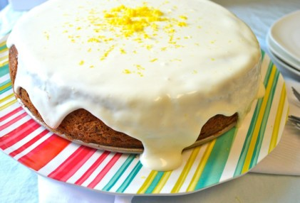 Carrot-cake-cheesecake-drizzle