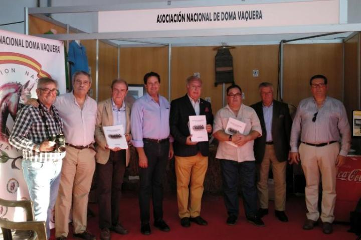 Presentación del libro Doma Vaquera de Competición en Aroche