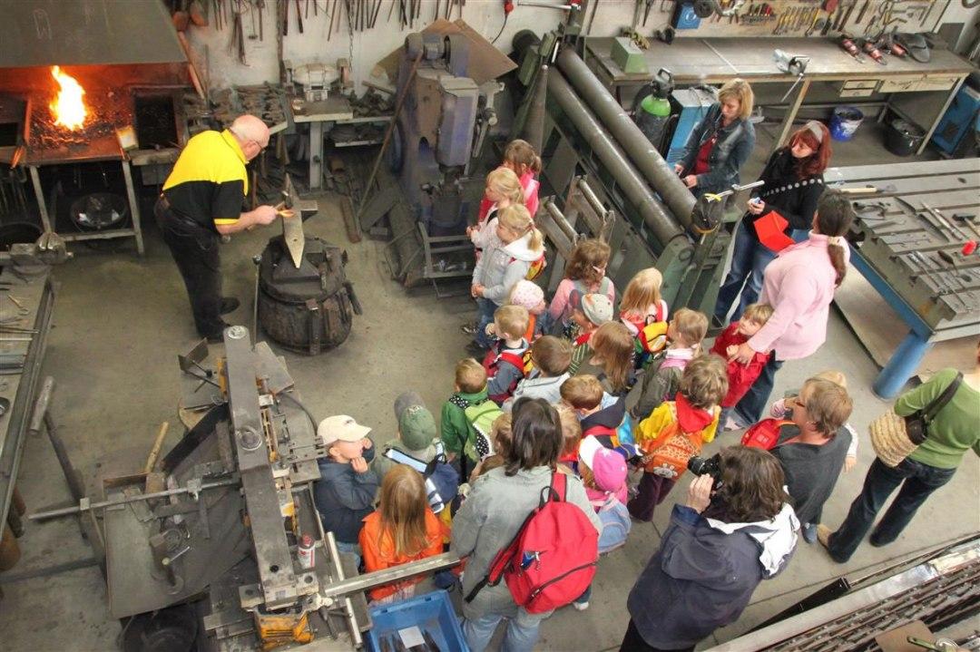 Kindergartenkinder Seinsheim bei Fritz Engel 2009