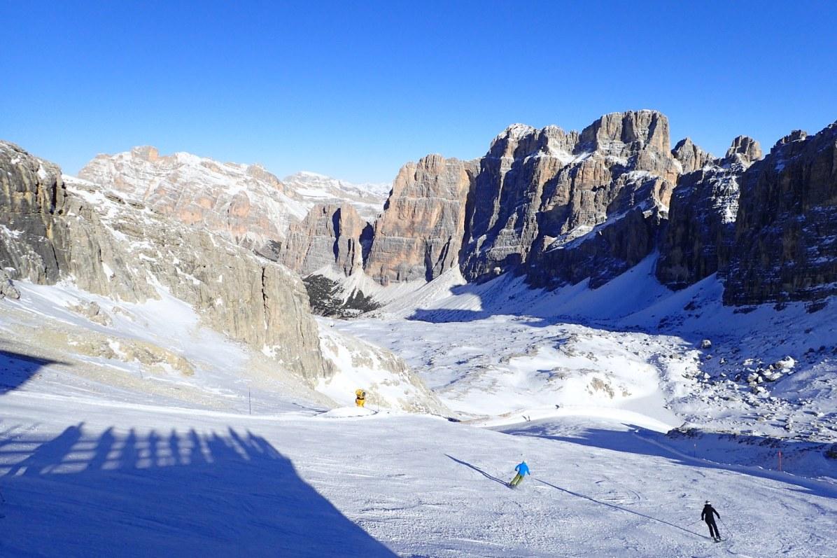 Skiing the Lagazuoi #1