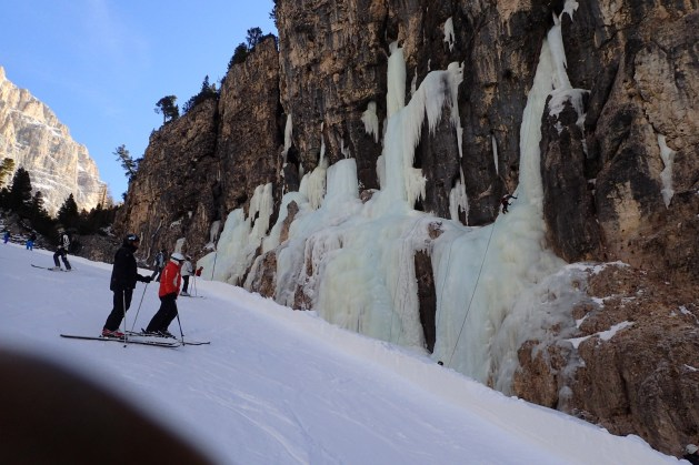 Ice-climbers on the walls of Lagazuoi