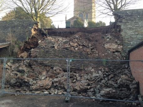 ludlow_town_walls_collapsed_480