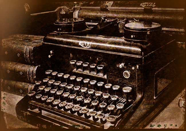 Old Royal Typewriter; Starting a Blog
