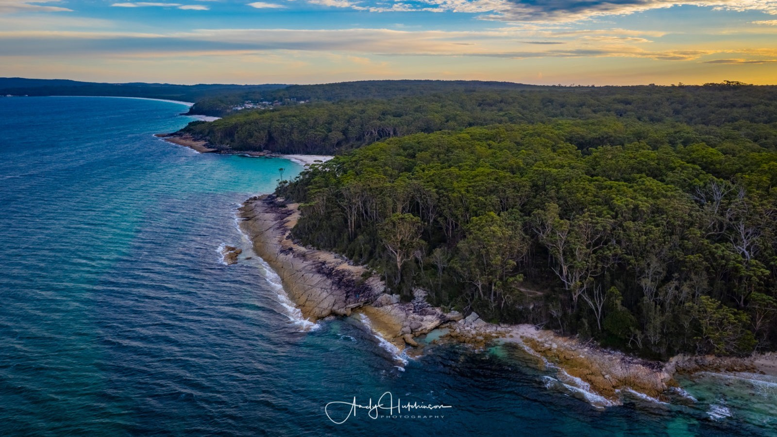 So I took some shots looking south towards Greenfields and Hyams beyond and then hurriedly brought the drone down to land. Since my big plan for the evening was scuppered by the high winds, I had no option but to move beaches again. Blenheim, Greenfields, Chinamans and Hyams are awesome for sunrise, but only good for sunset if you can get some height and my tripod doesn't go that high. So, with 20 minutes to go until sunset, I decided to get my arse over to Plantation Point where I could, at least, photograph the sunset with the DSLR.