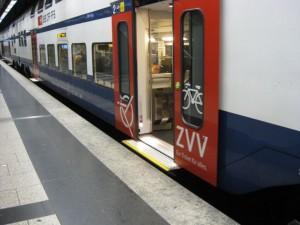Zürich S-Bahn new level floor cars, October 2009.